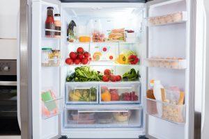 Energieeffizienzklasse Kühlschrank – so viel Strom können Sie wirklich sparen