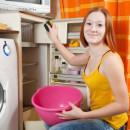 Kühlschrank reinigen – mit Hausmitteln Schimmel und Bakterien bekämpfen
